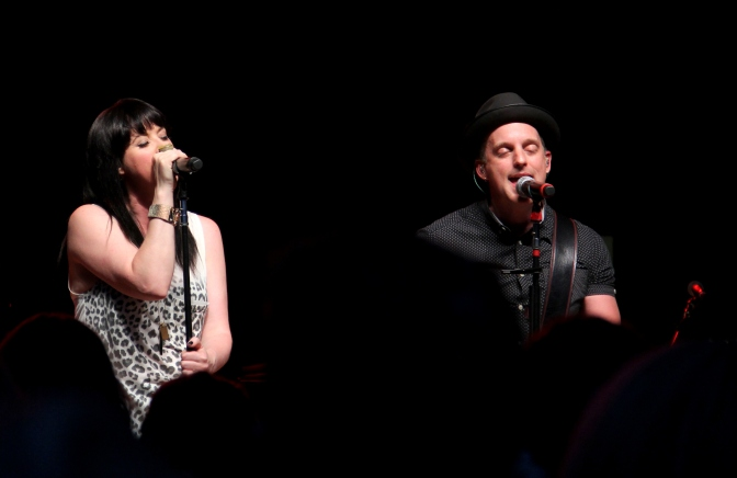 "Thompson Square Plays ""You Make It Look So Good"" When… + A Children's Book Is In The Works!"