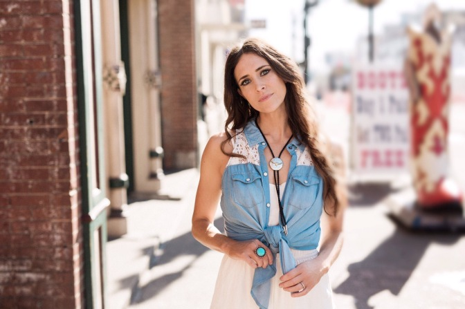 "Kelleigh Bannen on Being Careful Not To Only Show the ""Instagram Version"" of Herself."