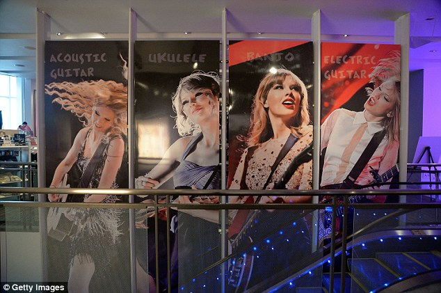The Taylor Swift Experience Coming to New York!