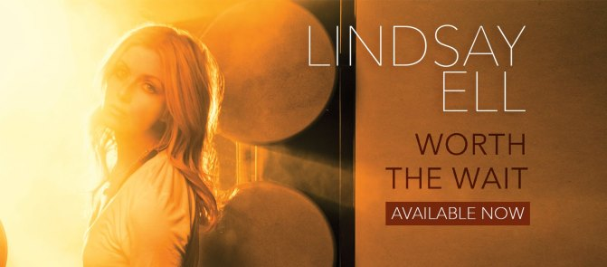 LINDSAY ELL'S EP 'WORTH THE WAIT' TOPS THE iTUNES CHARTS!