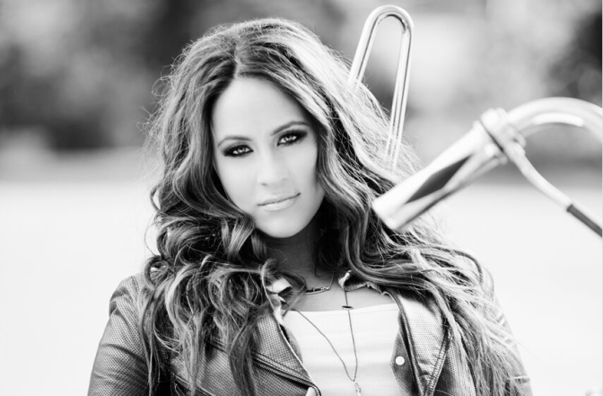 """Exclusive: Chelsea Bain Releases Lyric Video for """"Medicate"""" – Watch!"""